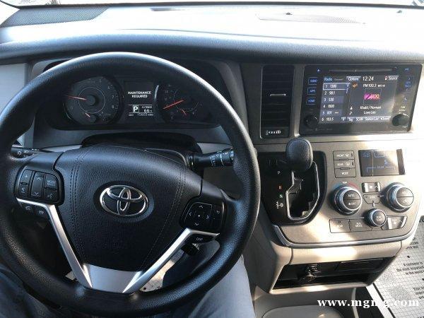 出售2017年Toyota Sienna LE AWD 里程