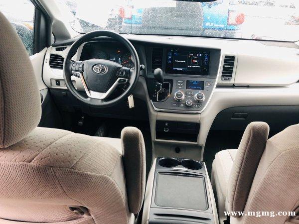 出售2015年Toyota Sienna LE 里程1400